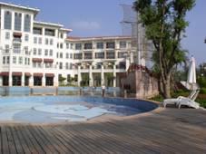 [基础加固]夏湾拿酒店游泳池地基基础加固工程